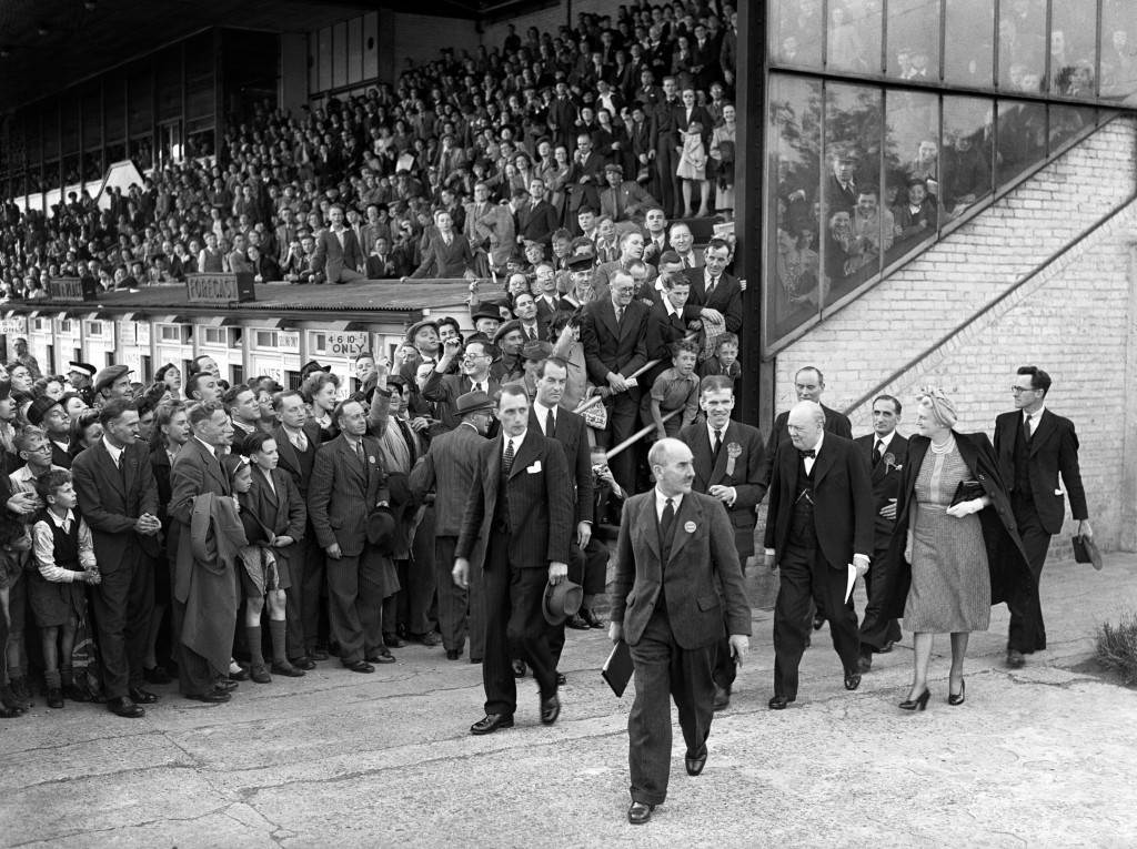 Mr.-and-Mrs.-Churchill-arriving-at-Walthamstow-Stadium-04071945-PA-6254336-1024x765